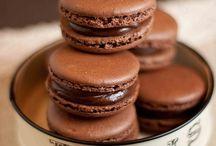 Chocolate MACARONS / Macaroons of all chocolaty kinds!