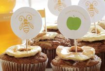 Rosh Hashanah for Kids and Adults / All kind of Rosh Hashanah crafts, recipes and holiday dinner ideas for celebrating the Jewish New Year.