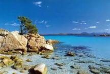 Sardegna / Fantastica isola a ovest della penisola italica. Mare cristallino, spiagge bianche, cultura e storia e cibo meraviglioso.