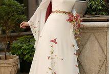 Vestidos románticos medievales