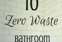 Zero Waste Bathroom / Cultivate a zero waste bathroom: zero waste products, bathroom DIYs, and more!