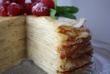 Mille crepe cakes