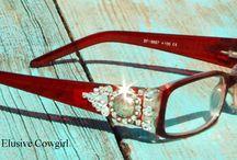 Glasses / by S⃣H⃣A⃣N⃣D⃣A⃣ S⃣U⃣T⃣T⃣O⃣N⃣