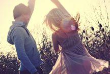 СОЦИАЛЬНАЯ ХОРЕОГРАФИЯ / Этот раздел описывает стили хореографии, ставшие средством социального общения. Когда в танце ты можешь контактировать с партнером, расслабляться и заряжаться позитивной энергией .Такие виды танцев,  как сальса,  бачата, танго, зук, свадебные танцы. #социальнаяхореография #социальная