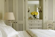 Bedtime Dreams / Bedroom moulding design ideas