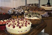 Weekend Cake Reveal....