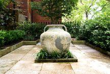 Feature Pots / Implementing pots into your garden.