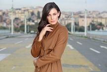 ABACI 2015-16 Sonbahar / Kış Koleksiyonu / Tesettür Pardesü Kap Mont Kaban Trençkot Denim Elbise Etek Gömlek Bluz Tunik Pantolon Eşarp Şal Bone