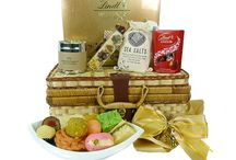 Mother's Day Hampers / Special Mother's Day gift hampers, baskets and presents filled with healthy foods,fruits, chocolates and more for your Mom and Grandma.