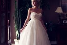 wedding dresses / by Zaida Velez