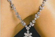 Emerald diamond design
