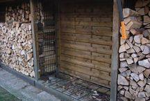 Holzunterstellplatz