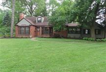 Homes You want to Buy / Beautiful Listings by Joelle Webbe Hibbard, St. Louis REALTOR.    joellewhibbard.com