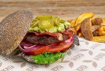 Burgers   Menú / Menú de La Pepita Burger Bar.  *este menú podría variar en función del restaurante