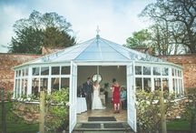 Real Weddings - Rachael and Tom / Rachael and Tom's romantic wedding embraced all we love about springtime… daffodils, the Combermere Abbey gardens, fun and a fabulous party!