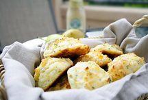 Breads and buns / by Christina Sigismondi