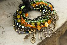 harmony bracelets pack / colors and lucky talismans for the zodiac sign Leo