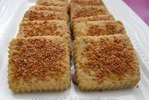 susamlı tuzlu kurabiye