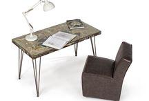Scrivanie e tavoli da lavoro
