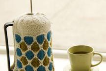 Garden flower tea cosy