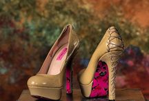 Clothing and Fashion / Great clothing choices for portraits.  Formal Attire, Casual Clothing, Shoes.