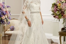 Ronald Joyce / Stunning gowns from our premium supplier