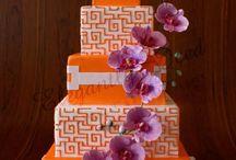 Pretty Cakes / by Kristin Crawford