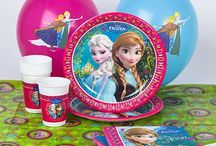Kinderfeest / Bent u op zoek naar leuke kinderfeestartikelen dan bent u bij Feestwinkel Altijd Feest aan het juiste adres. Frozen, The Minions, The Turtles, Woezel en Pip, Finding Dory; wij hebben alle thema's in huis.