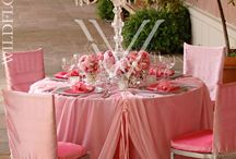 Tablescapes / Centerpieces and table decor is something our guests will swoon over. Here are wedding and special event table decoration ideas.