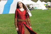 costumi medioevali
