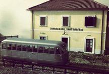 """Porto Santa Venere ( Vibo Marina) - Mileto  FCL / La riproduzione in scala 1/87  di una linea """"dimenticata""""; la Porto Santa Venere (Vibo Marina) - Mileto delle FCL..... Ben 54,5 metri di plastico, in scala 1/87 e HOm, con 7 stazioni e svariati metri di piena linee tra le colline vibonesi...  http://vibomarinamiletofcl.blogspot.it/"""