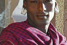 uomini africani