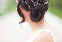 Hair pins, tiaras