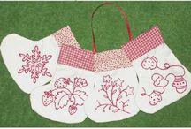 Rework Christmas / Redwork, stitchery, redwork quilts, Christmas redwork, stockings, wall hangings