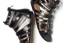 Sandals & flipflops