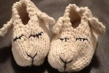 knit shoes for babies