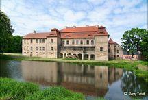 Siemczyno - Pałac / Pałac w Siemczynie (fot. Jerzy Tatoń). Został on wybudowany w latach 1722-1728 dla rodziny von Goltz. Obecnie funkcjonuje jako hotel.  Palace in Siemczyno. He stayed von Goltz built in 1722-1728 years for the family. At present he/she is functioning as the hotel.
