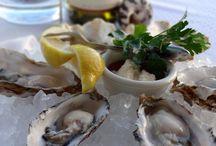 Seafood and Drinks / Savory Seafood and Refreshing Drinks