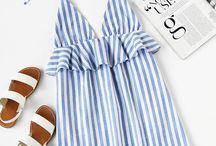 Vestido de rayas verticales