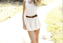 Cute Outfits / by Jodi Tilley