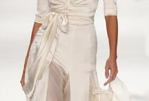 Romantic Natural wedding / Shape: Asymmetric and irregular curves (elongated ovals, wide circles, ellipticals, etc.). Relaxed geometrics with rounded edges. Easy swirls. Line and Silhouette: Unconstructed silhouette with shaping, particularly at waist. Relaxed lines with subtle drape and flow, particularly bias cuts.