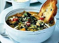 Food:Soups & Salads to try / by Jessica Bullock