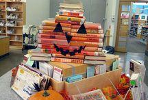 Kirjat esille! / Kirjastot nostavat kirjallisuutta esille esimerkiksi erilaisin näyttelyin. Tässä ideoita.