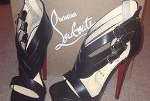 Shoes I Wear in my DREAMS! / by DeShawn Johnson
