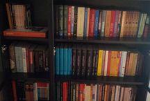 Kütüphanemin İçinden / Kara Kütüphanemde ki kitapların görsellerine buradan ulaşabilirsiniz.