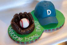 Base ball cakes