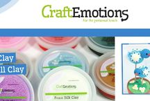 CraftEmotions Foam clay / Discover the many creative possibilities of Foam Silk Clay and Foam Ball Clay! Clay with a unique combination of qualities, such as: * dries in the air, meaning it can be combined with various materials * very light-weight;* flexible * good adhesion * doesn't tear or dry out;* safe to use, harmless * durable end result * your hands stay clean.