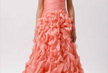 Color Inspiration - Coral, Orange & Apricot tones / Coral, Orange, Apricot!! How to bring these tones into your Costa Rica Wedding color scheme.
