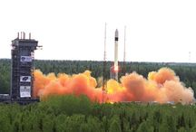 Ruská kosmická raketa Rokot a družice systému Goněc-M