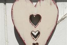 Dekoráció: szív fából